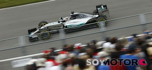 Lewis Hamilton en el GP de Canadá 2015 - LaF1