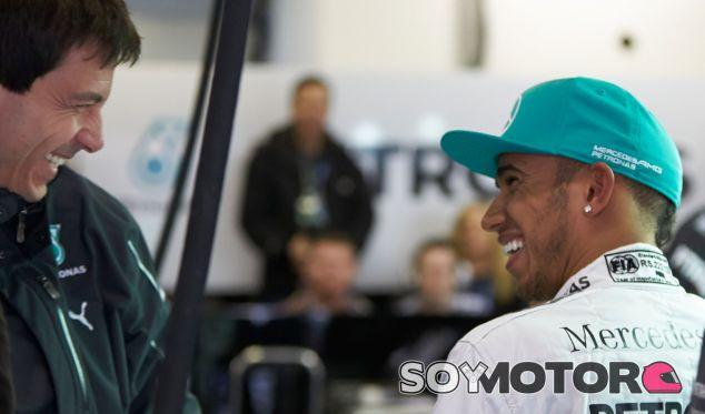 """Hamilton: """"Soy capaz de llegar y pilotar sin pensar en otros problemas"""" - LaF1.es"""
