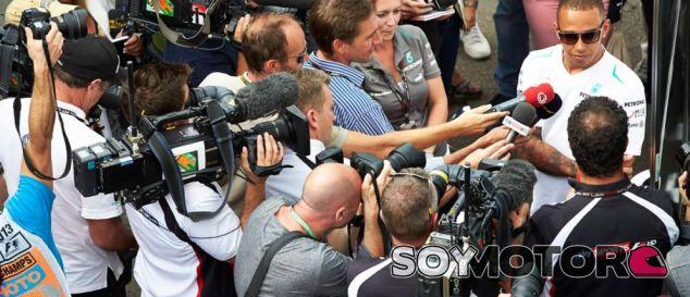 Bernie Ecclestone limitará el acceso de los medios digitales a la F1
