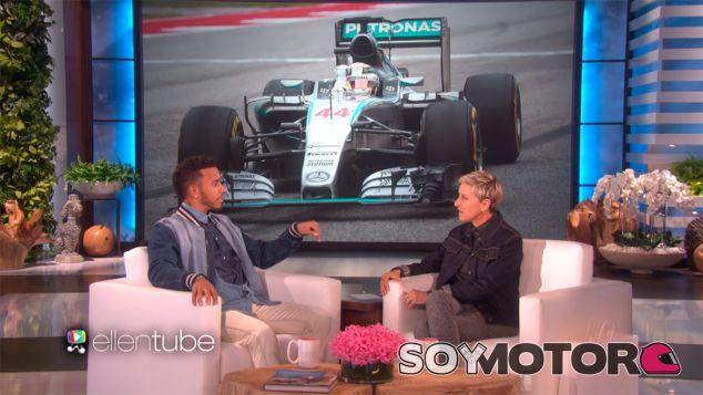 Lewis Hamilton durante su entrevista con Ellen DeGeneres - laF1