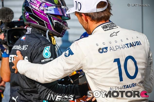 La victoria de Gasly tuvo que dolerle a Red Bull, según Hamilton - SoyMotor.com