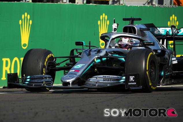 """Hamilton, a por todas: """"Hay áreas que mejorar, no somos perfectos"""" - SoyMotor.com"""