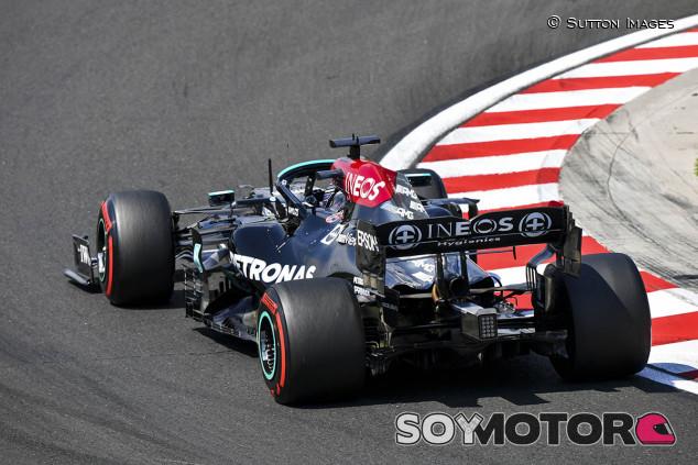 Hamilton bate a Verstappen por 88 milésimas en los Libres 3; Sainz, cuarto - SoyMotor.com
