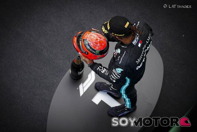 Hamilton gana en Nürburgring e iguala el récord de Schumacher; podio de Ricciardo - SoyMotor.com