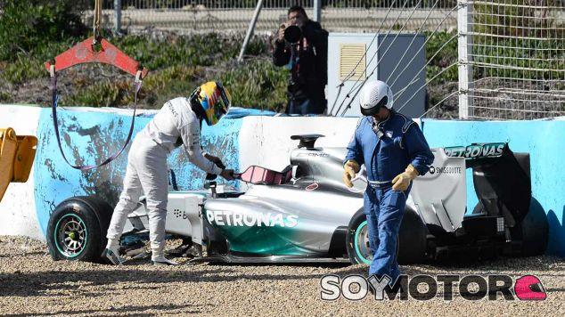 Lewis Hamilton, el más activo en la primera mañana de test en Jerez