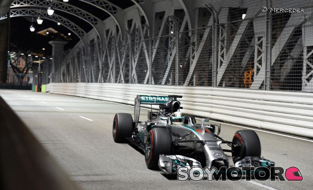 Mercedes, rendida ante la victoria de Hamilton en Singapur