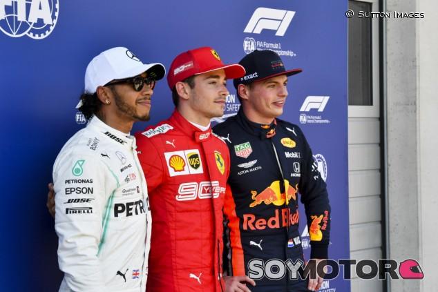 """Verstappen: """"Con el mismo coche, puedo ser dos décimas más rápido que Hamilton y Leclerc"""" - SoyMotor.com"""