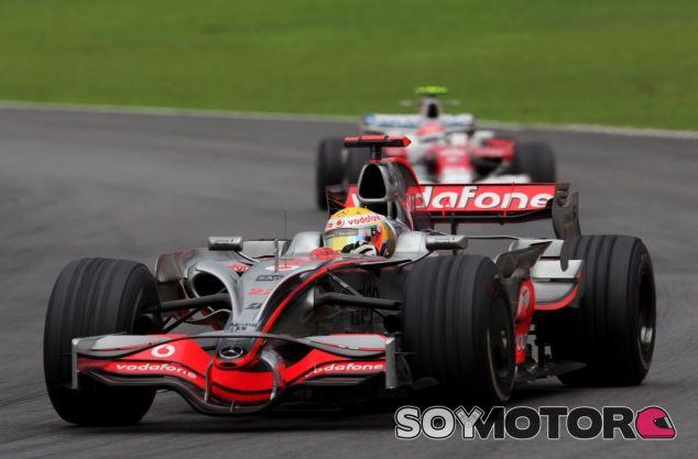 Hamilton y Glock en Brasil 2008 - SoyMotor