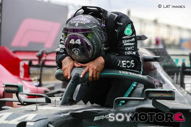 """Hamilton: """"Ningún piloto ha ganado el campeonato sin un gran coche"""" - SoyMotor.com"""
