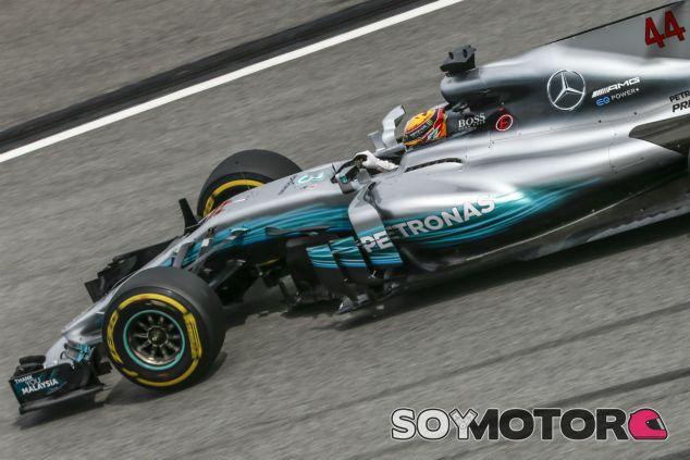 Hamilton en Sepang - SoyMotor.com