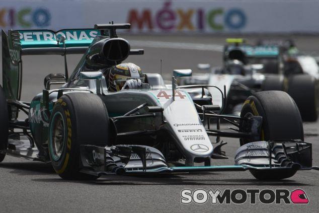 Hamilton necesita ganar para mantener sus opciones - SoyMotor