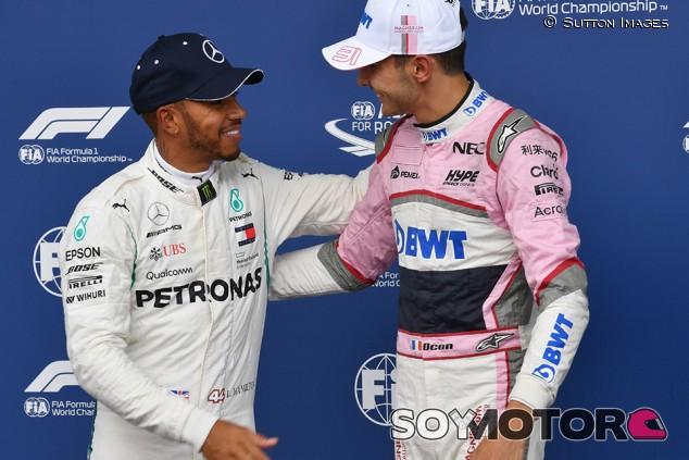 """Ocon y el éxito de Hamilton: """"Trabaja y hace las preguntas correctas"""" - SoyMotor.com"""