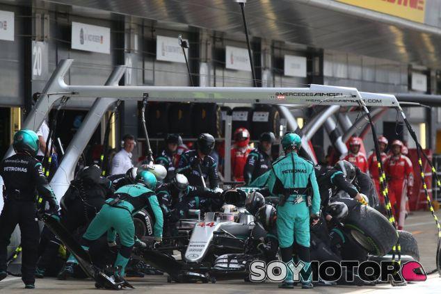 Pitstop de Lewis Hamilton - LaF1