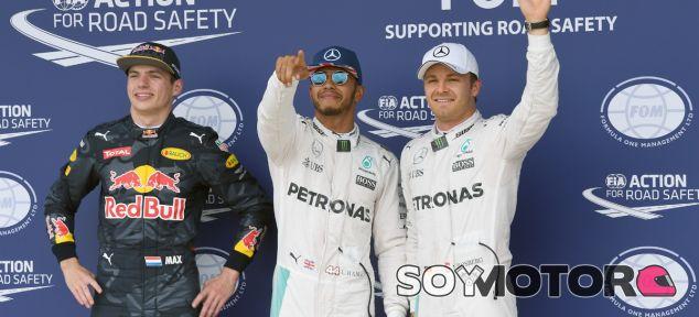 Hamilton manda en casa y gana a Rosberg la batalla por la Pole - LaF1.es