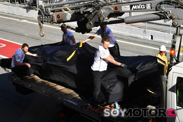 El coche de Hamilton tras la bandera roja - SoyMotor.com
