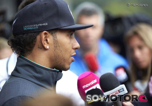 """Hamilton: """"Debemos competir de una manera justa y respetuosa"""""""