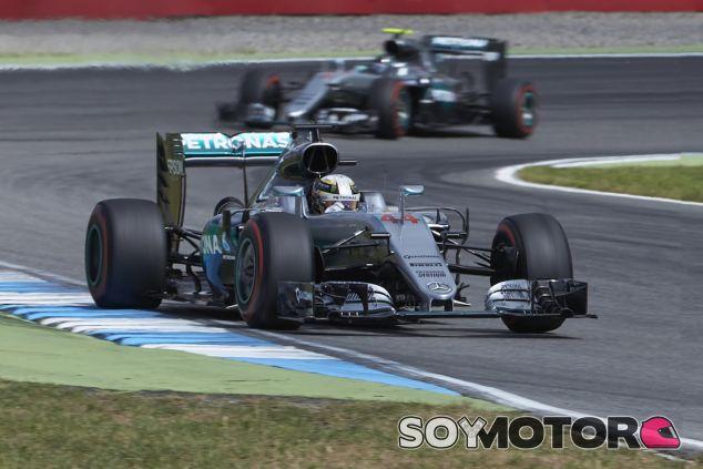 Lewis Hamilton y Nico Rosberg en Alemania - LaF1