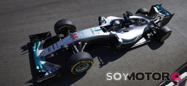 Hamilton durante el GP de Bélgica - SoyMotor