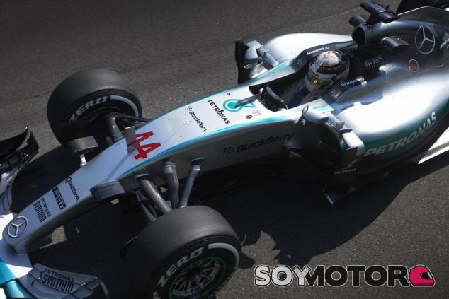 Lewis Hamilton sigue manteniendo su gran estado de forma los sábados - LaF1