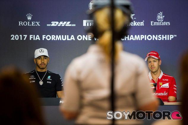 Lewis Hamilton y Sebastian Vettel en Austria - SoyMotor