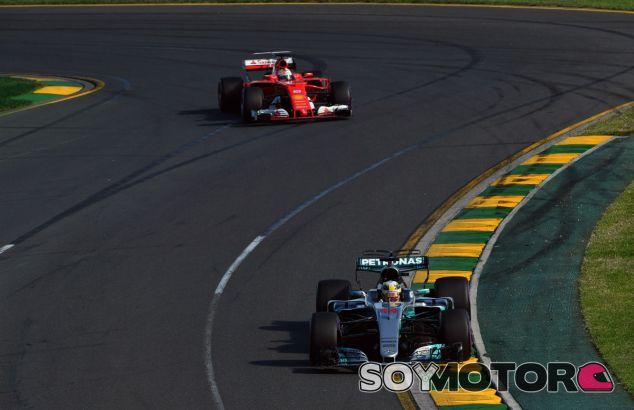 """Hamilton: """"Está ajustado, habrá carreras que Ferrari dominará"""" - SoyMotor"""