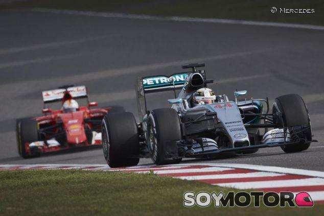 Hamilton por delante de Vettel - LaF1.es