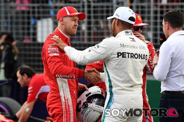 Vettel y Hamilton después de la clasificación de Australia - SoyMotor