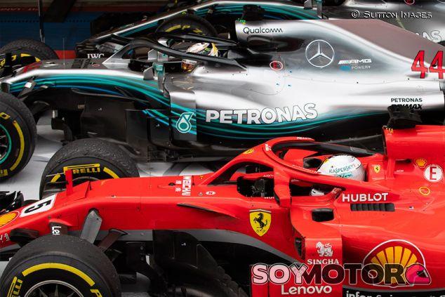 Lewis Hamilton y Sebastian Vettel en Sochi - SoyMotor.com