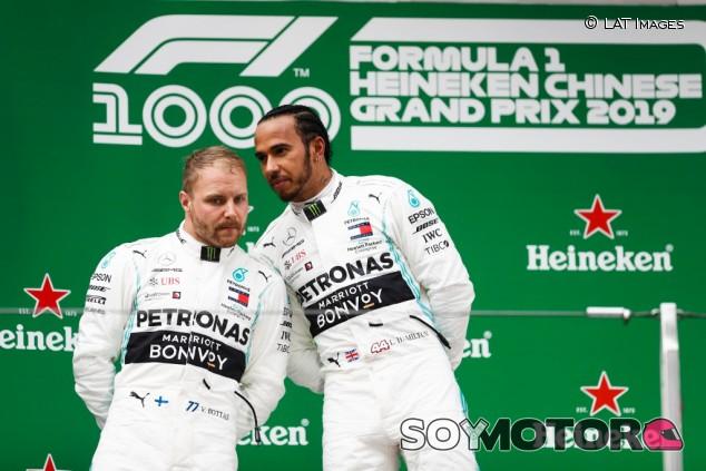 """Bottas, condicionado por la salida: """"No he podido seguir a Hamilton"""" – SoyMotor.com"""