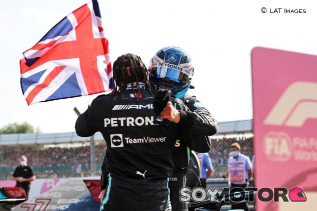 Mercedes asegura que Bottas ayudará a Hamilton a luchar por el Mundial - SoyMotor.com