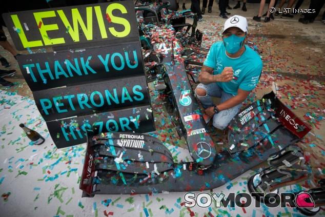 Hamilton da la clave del éxito de Mercedes - SoyMotor.com
