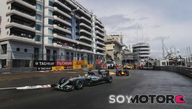 Hamilton plantea experimentar con el formato de la F1 en Mónaco - SoyMotor.com