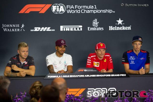 Magnussen, Hamilton, Räikkönen y Hartley de izq. a der. – SoyMotor.com