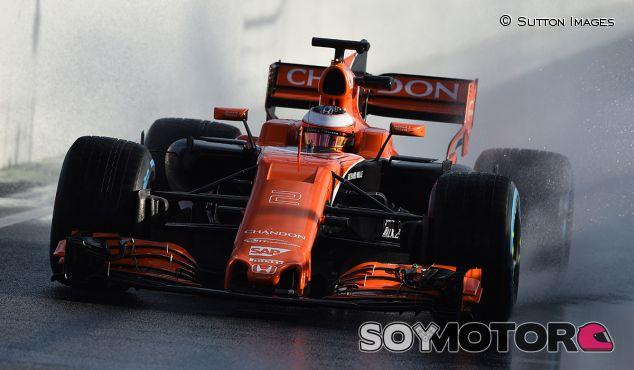 Stoffel Vandoorne con el McLaren MCL32 - SoyMotor