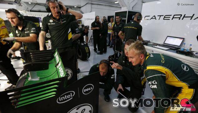 Heikki Kovalainen en el box de Caterham - LaF1.es