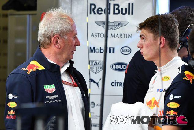 Helmut Marko y Max Verstappen en Bakú - SoyMotor.com