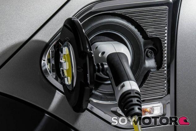 Matriculaciones de híbridos y eléctricos - SoyMotor.com