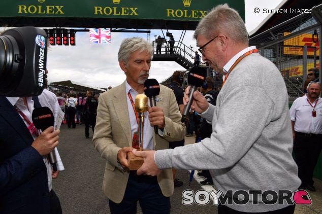 Damon Hill (izq.) junto a Ross Brawn (der.) –SoyMotor.com