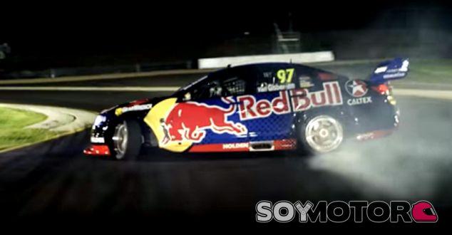 Holden Commodore de Red Bull Racing Australia - SoyMotor.com