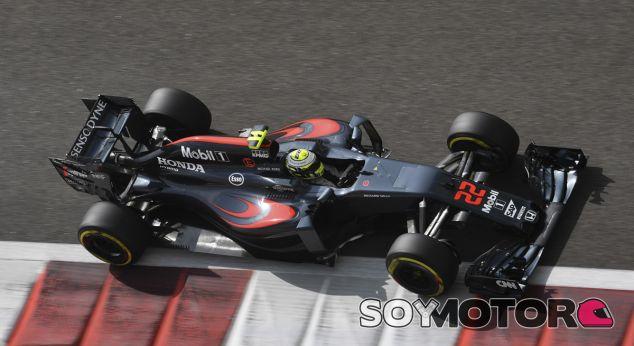 La FIA encarga a McLaren fabricar los sensores de los motores - SoyMotor.com
