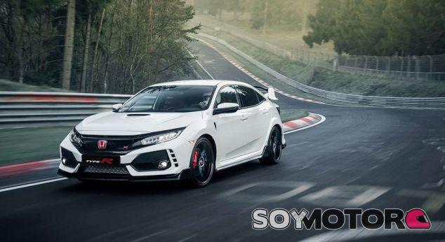 El Honda Civic Type R vuelve al ataque y promete un año de récords - SoyMotor.com