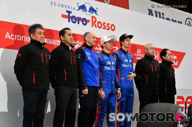 Responsables del proyecto de Honda en la presentación del STR13 –SoyMotor.com