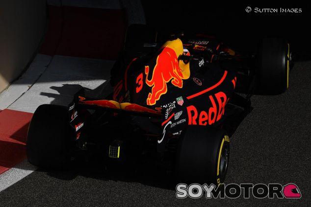 Daniel Ricciardo en Abu Dabi - SoyMotor