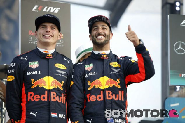 """Horner: """"Somos muy afortunados de tener a Verstappen y Ricciardo"""" - SoyMotor.com"""