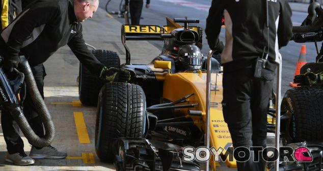 Hülkenberg duda que Mercedes le hubiera fichado de estar libre - SoyMotor.com