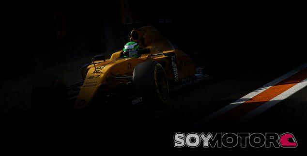 Hülkenberg hace más dulce la espera con su primera vuelta en el RS16 - SoyMotor.com