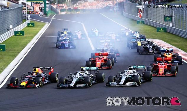 """Alan Jones, """"desilusionado con la F1"""", sopesa dejar de ser comisario - SoyMotor.com"""
