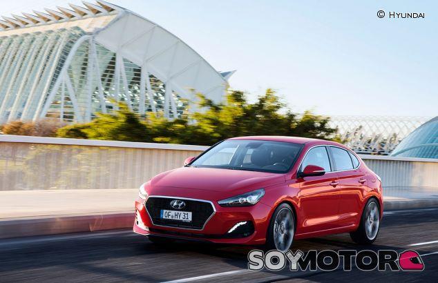 Hyundai i30 Fastback - SoyMotor.com