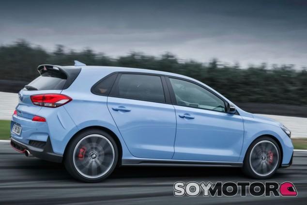 Hyundai trabaja en un i30 N con tracción total - SoyMotor.com