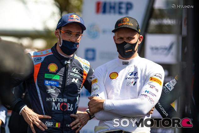 Hyundai renueva a Thierry Neuville y Ott Tänak - SoyMotor.com